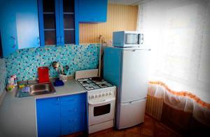 Апартаменты На Коммунарском проспекте 27 - фото 4