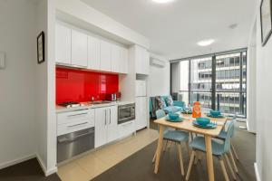 Comfy CBD Apartment - Melbourne CBD, Victoria, Australia