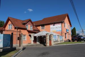 Pensiunea Discordia, Vendégházak  Koronka - big - 23