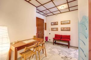 Sistine Chapel Apartment