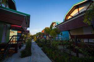Baan Tor Mai Resort