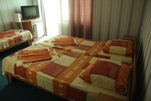 Guest House GorodOk, Bed and breakfasts  Chornomorskoe - big - 55