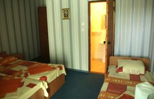Guest House GorodOk, Bed and breakfasts  Chornomorskoe - big - 66