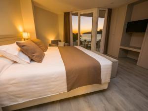 Hotel Helios - Almuñecar, Hotels  Almuñécar - big - 12