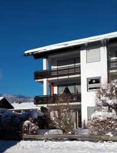 Alpenflair Ferienwohnungen Whg 202, Apartmány  Oberstdorf - big - 31