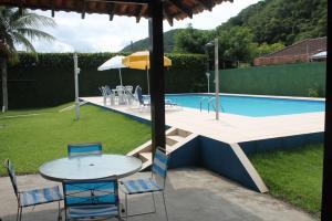Chalé Guaiuba, Prázdninové domy  Guarujá - big - 12
