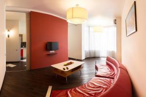 Apartment on Zlatoustovskoi 50