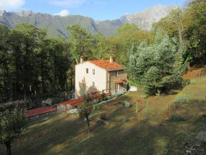 La Casina nel Bosco, Bed & Breakfasts  Azzano - big - 31