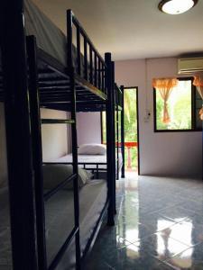 Domingo Hostel Phangan, Hostels  Baan Tai - big - 10