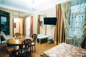 Apartaments at Bolshoy prospekt 98