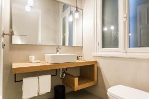Monk suites by MLT at Ermou, Hotels  Athen - big - 9