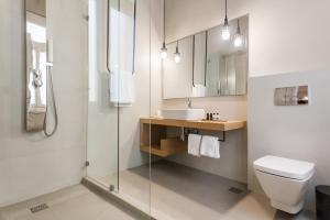 Monk suites by MLT at Ermou, Hotels  Athen - big - 10