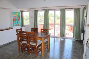 Cabañas del Rey, Chaty  Villa Carlos Paz - big - 15