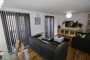 Abbeywood Apartment