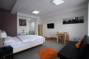 Heights Accommodation Unirii, Апартаменты  Бухарест - big - 18