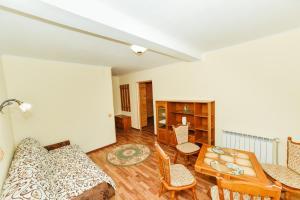 SPA Villa Jasmin, Resorts  Truskavets - big - 45