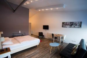 Heights Accommodation Unirii, Апартаменты  Бухарест - big - 2