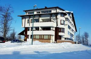Apartment Hobbit - Bjelašnica - фото 2