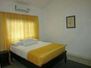caymanas estate AJ Guest house, Holiday homes  Caymanas - big - 7