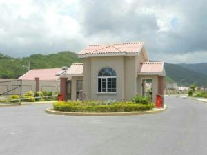 caymanas estate AJ Guest house, Holiday homes  Caymanas - big - 3