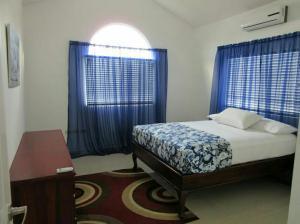caymanas estate AJ Guest house, Holiday homes  Caymanas - big - 11