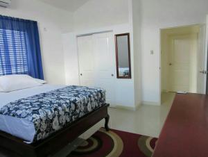 caymanas estate AJ Guest house, Holiday homes  Caymanas - big - 13