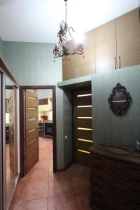 Luxury Apartment near Cascade, Appartamenti  Yerevan - big - 4