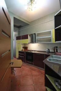 Luxury Apartment near Cascade, Appartamenti  Yerevan - big - 19