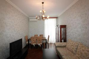 Luxury Apartment near Cascade, Appartamenti  Yerevan - big - 29