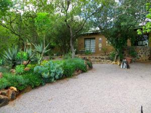 Phokoje Bed and Breakfast, Bed & Breakfast  Ramotswa - big - 36