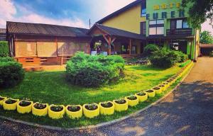Motel Eureka, Лакташи