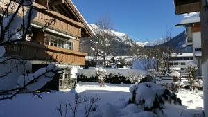 Alpenflair Ferienwohnungen Whg 303, Apartmány  Oberstdorf - big - 17