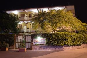 Hotel Il Conte Dell'Etna