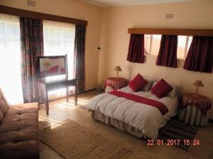 The Golden Quilt, Guest houses  Kempton Park - big - 4