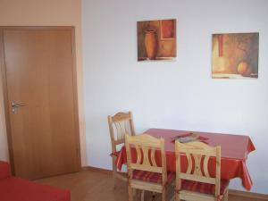 Ferienwohnung im Ostseeblick, Apartmanok  Wismar - big - 2