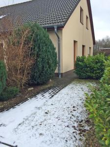 Ferienwohnung im Ostseeblick, Apartmány  Wismar - big - 8