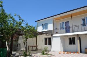 Гостевой дом Sofia, Сухум