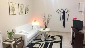 Lorenzo Magnifico Apartment, Апартаменты  Рим - big - 12