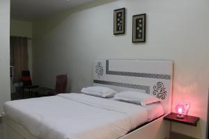 Hotel Sand City