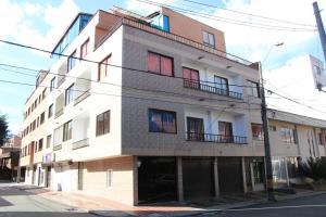Habitaciones en Medellín (Apartahotel Ferjaz), Vendégházak  Medellín - big - 136
