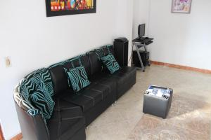 Habitaciones en Medellín (Apartahotel Ferjaz), Vendégházak  Medellín - big - 130