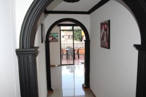 Habitaciones en Medellín (Apartahotel Ferjaz), Vendégházak  Medellín - big - 85