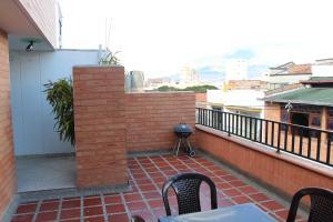 Habitaciones en Medellín (Apartahotel Ferjaz), Vendégházak  Medellín - big - 101