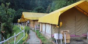 Offthecity Camp Kyar, Luxussátrak  Simlá - big - 1