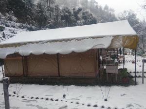 Offthecity Camp Kyar, Luxussátrak  Simlá - big - 9