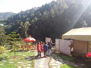 Offthecity Camp Kyar, Luxury tents  Shimla - big - 35