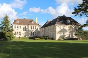 Brockencote Hall