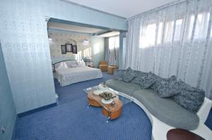 Hotel Brancusi, Hotely  Târgu Jiu - big - 14
