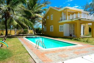Fantasia Luxury Beachfront Villa Palmar - , , Mauritius