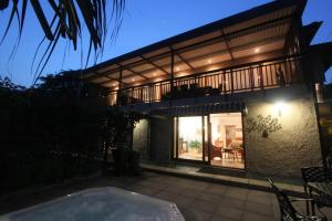 64 Ocean Drive Guesthouse, Guest houses  Ballito - big - 12